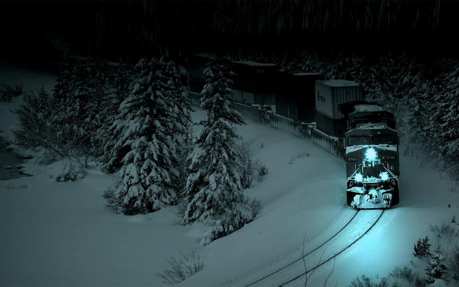les-eli-lokomotiv-noch-sneg
